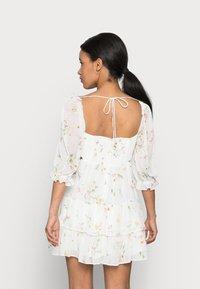 Forever New Petite - JANINE SWEETHEART PETITE MINI DRESS - Day dress - nude - 2