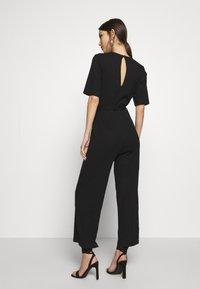 Even&Odd - BASIC - Ribbed short sleeves belted jumpsuit - Jumpsuit - black - 2