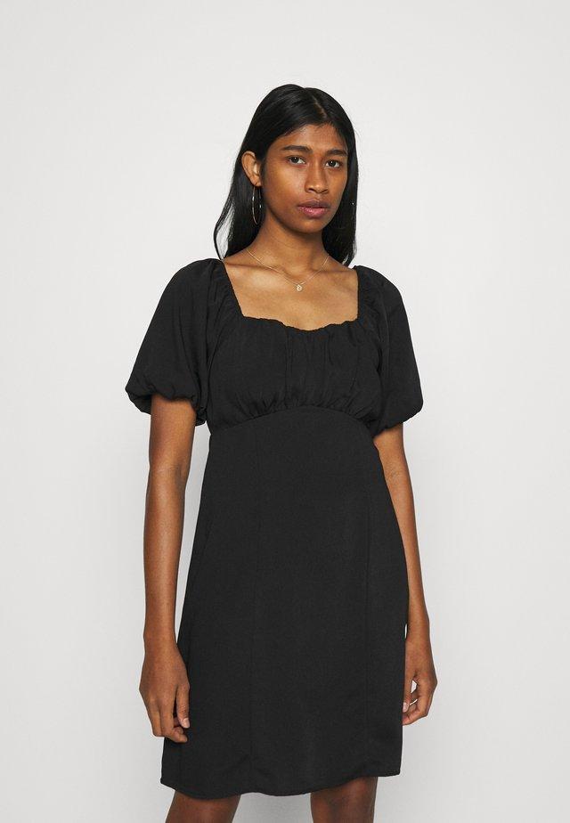 VMGILA SHORT DRESS - Denní šaty - black