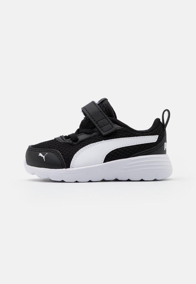 Puma - FLEX RENEW AC UNISEX - Neutral running shoes - black/white