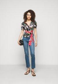 J Brand - RUBY - Straight leg jeans - lovesick - 1