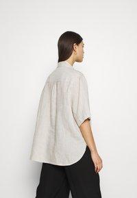 ARKET - Pyjama top - beige - 2