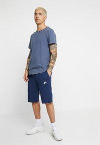 Nike Sportswear - CLUB - Pantalon de survêtement - midnight navy/white - 1