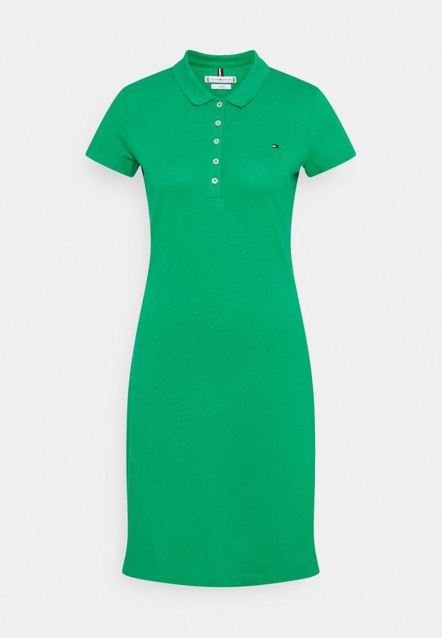 SLIM DRESS - Sukienka letnia - primary green