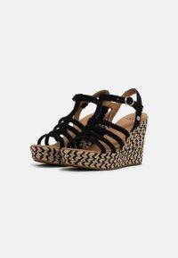 UGG - CRESSIDA - Wedge sandals - black - 2