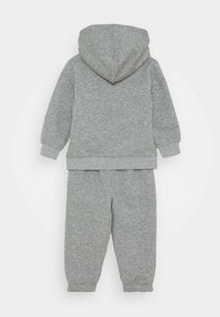 Nike Sportswear - SUEDED FUTURA JOGGER SET - Trainingspak - dark grey heather - 1