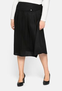 Sheego - Pleated skirt - schwarz - 0