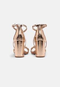 Dorothy Perkins - SHOWCASE BUTTERFLY - Sandaalit nilkkaremmillä - rose gold - 3