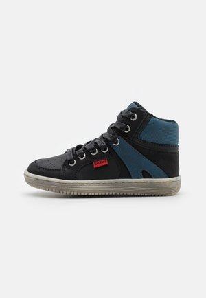 LOWELL - Sneakers alte - noir/bleu