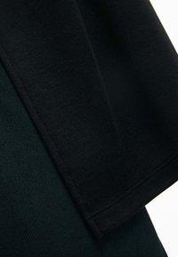 Lacoste - PF0103-00  - Koszulka polo - black - 3