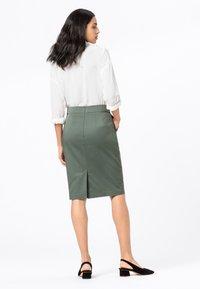 HALLHUBER - BASIC LETIZIA - Pencil skirt - seegrün - 2