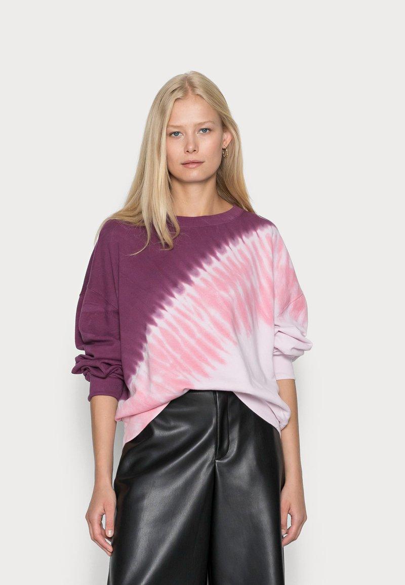 GAP - CREW  - Sweatshirt - burgundy tie dye