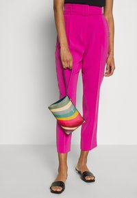 Paul Smith - WOMEN BAG WRISTLET - Pochette - multicolor - 1