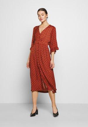 Day dress - metallic red/black