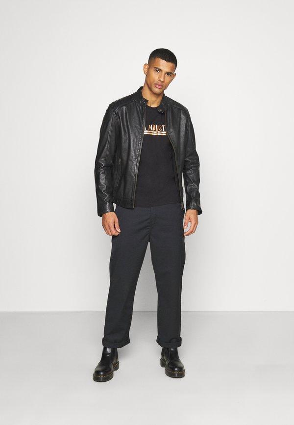 Alpha Industries T-shirt z nadrukiem - black/copper/czarny Odzież Męska BETQ