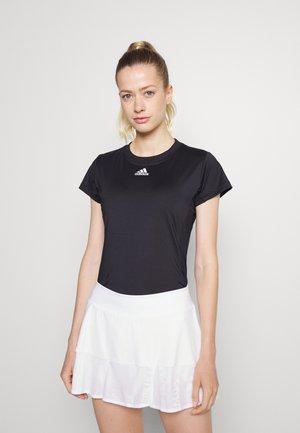 FREELIFT TEE - T-shirts - black/white