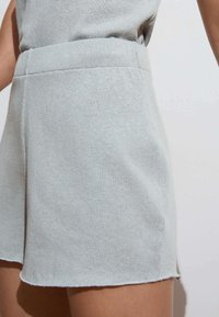 OYSHO - Shorts - light blue - 3