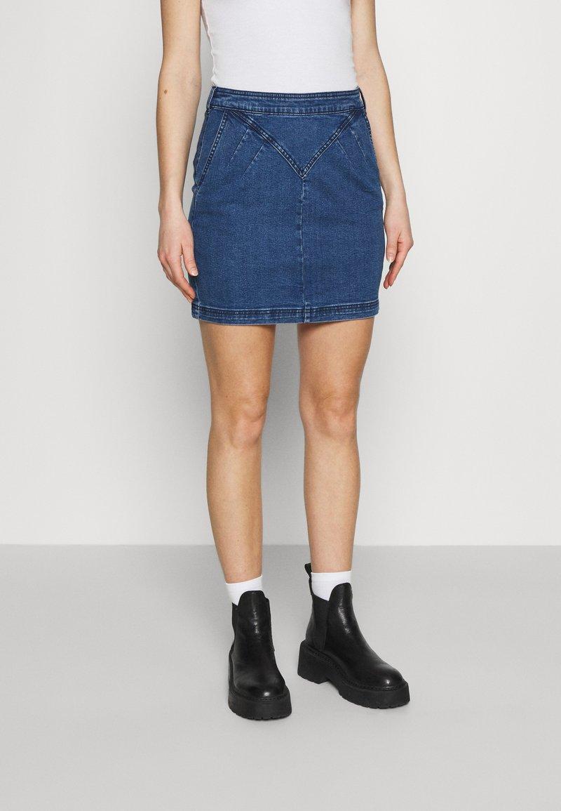 Noisy May - Mini skirt - medium blue denim