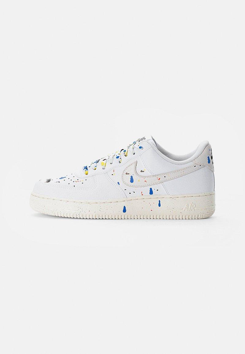 Nike Sportswear - AIR FORCE - Zapatillas - white/white-sail-white-black