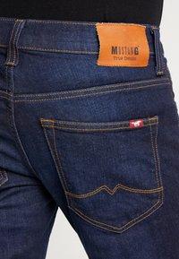 Mustang - OREGON - Jeans Bootcut - super dark - 4