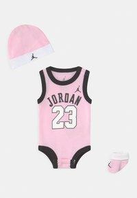 Jordan - 23 SET UNISEX - Top - pink foam - 0