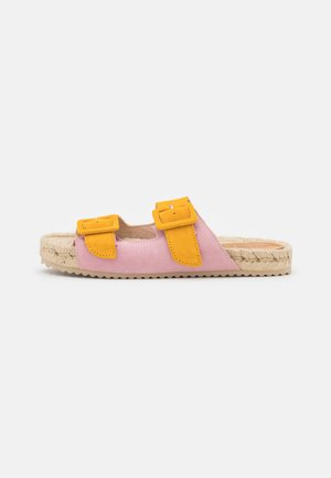 Pantofle - multicolor