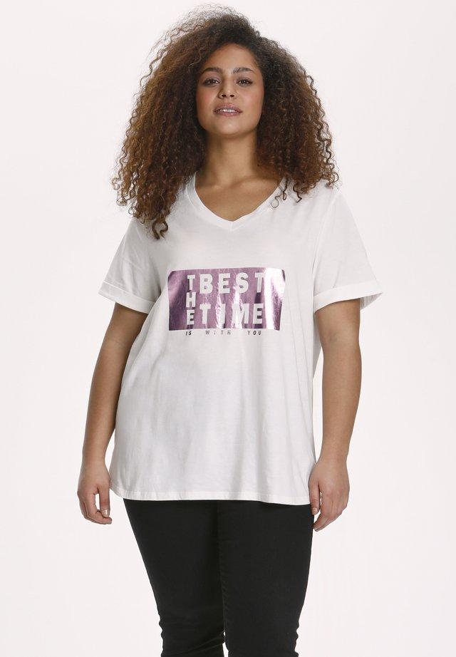 T-shirt z nadrukiem - chalk  rosa foil text print
