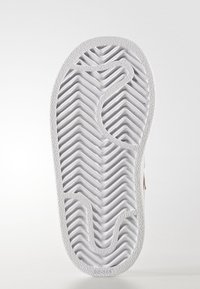 adidas Originals - SUPERSTAR CF  - Baby shoes - white/bold pink - 4