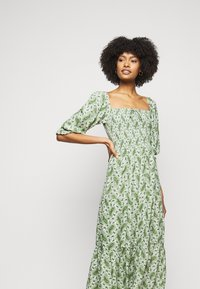 Faithfull the brand - LE GALET DRESS - Denní šaty - green - 3