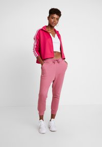 adidas Originals - TRACKTOP - Veste de survêtement - energy pink - 1