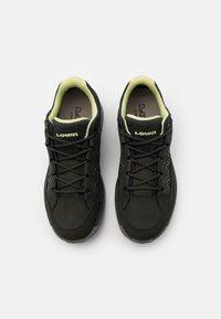 Lowa - TORO EVO GTX LO - Hiking shoes - anthracite/mint - 3