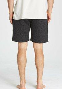 Billabong - Shorts - black - 1