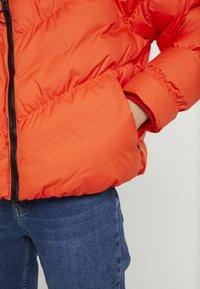 Nike Sportswear - SYN FILL - Winter jacket - team orange - 4