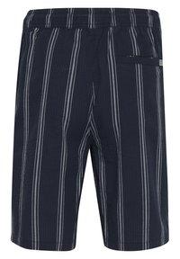 Tailored Originals - TOADRIAN  - Shorts - dark sapphire - 7