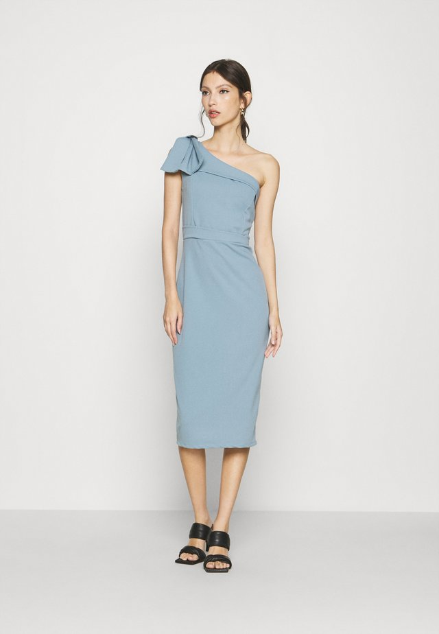 SARIYAH SHOULDER DETAIL MIDI DRESS - Cocktailjurk - duck egg blue