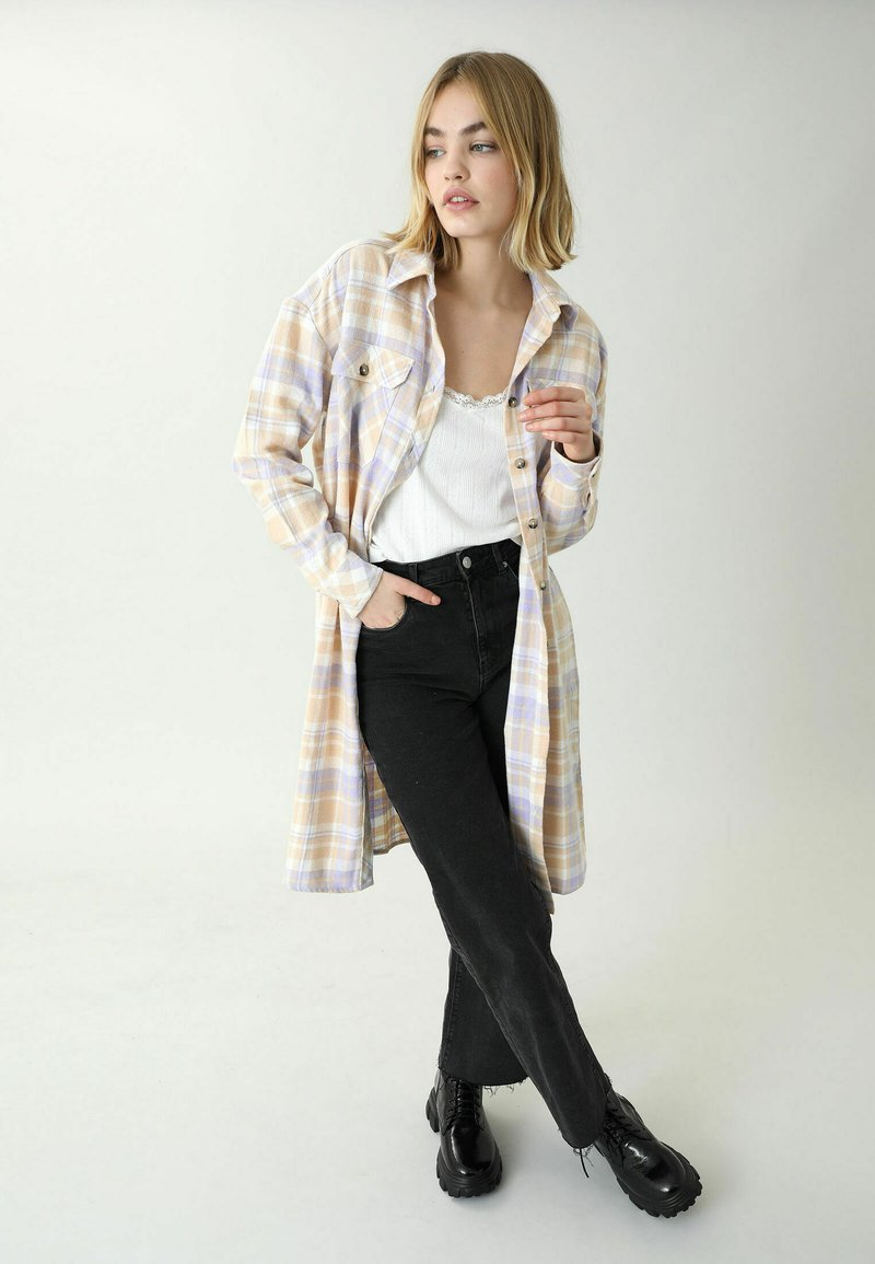 Pimkie - Button-down blouse - beige