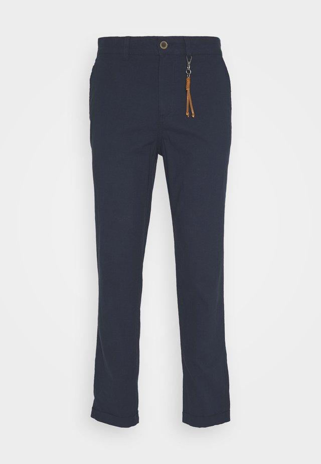 JJIACE JJLINEN  - Kalhoty - navy blazer
