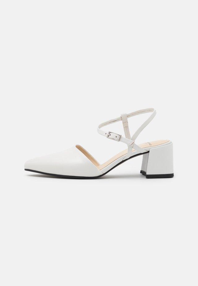 ALVA - Escarpins - white