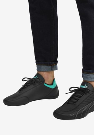 AMG PETRONAS MOTORSPORT FUTURE - Sneaker low - black