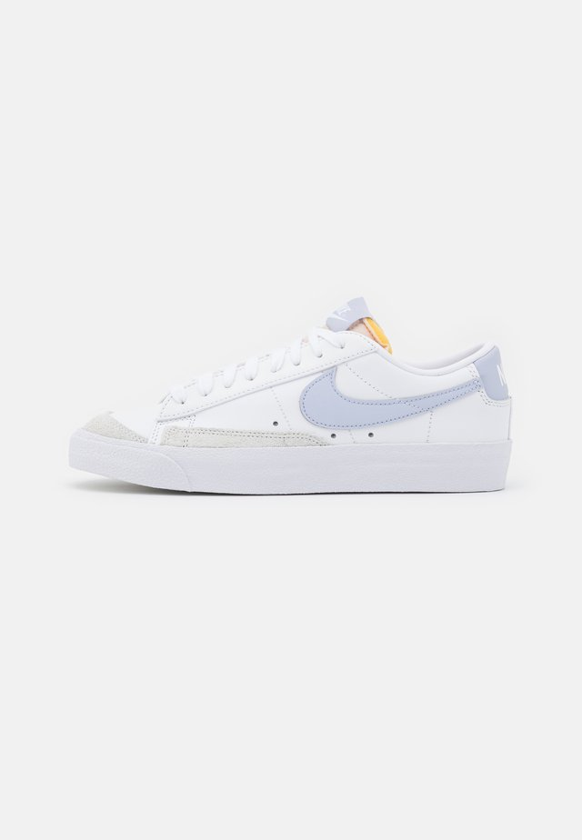 BLAZER '77 - Sneakersy niskie - white/ghost