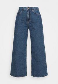 Esprit - NEW WIDE LEG - Flared Jeans - blue medium wash - 4