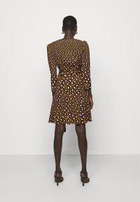 Diane von Furstenberg - CHARLENE - Robe d'été - multicolor - 2