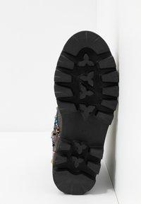 Alma en Pena - Platform ankle boots - pewter - 6