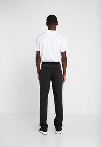 Puma Golf - STRETCH UTILITY PANT 2.0 - Trousers - black - 2