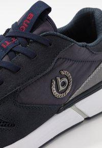 Bugatti - BALENO - Sneakersy niskie - dark blue - 5