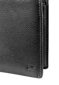 Braun Büffel - MIT NARBENSTRUKTUR - Wallet - black - 4