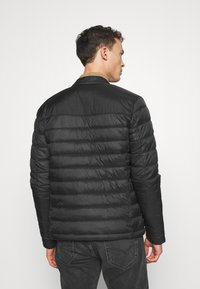 Superdry - COMMUTER QUILTED BIKER - Light jacket - black - 2