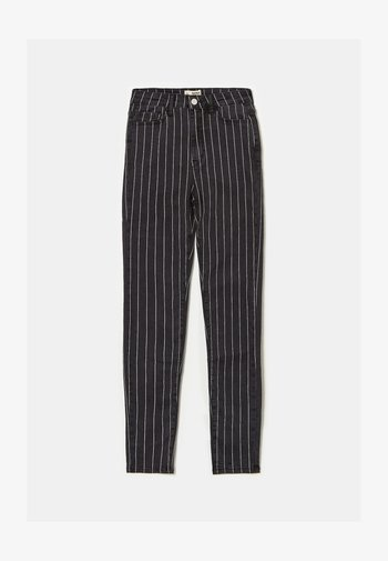 MIT NADELSTREIFEN - Jeans Skinny Fit - black