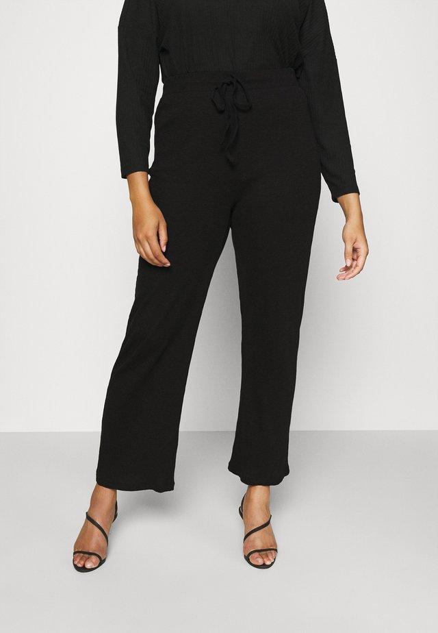 WIDE PANT LOUNGE CURVE - Pantalones deportivos - black