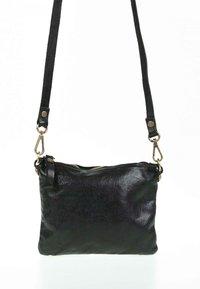 Campomaggi - PICCOLA - Across body bag - black - 1